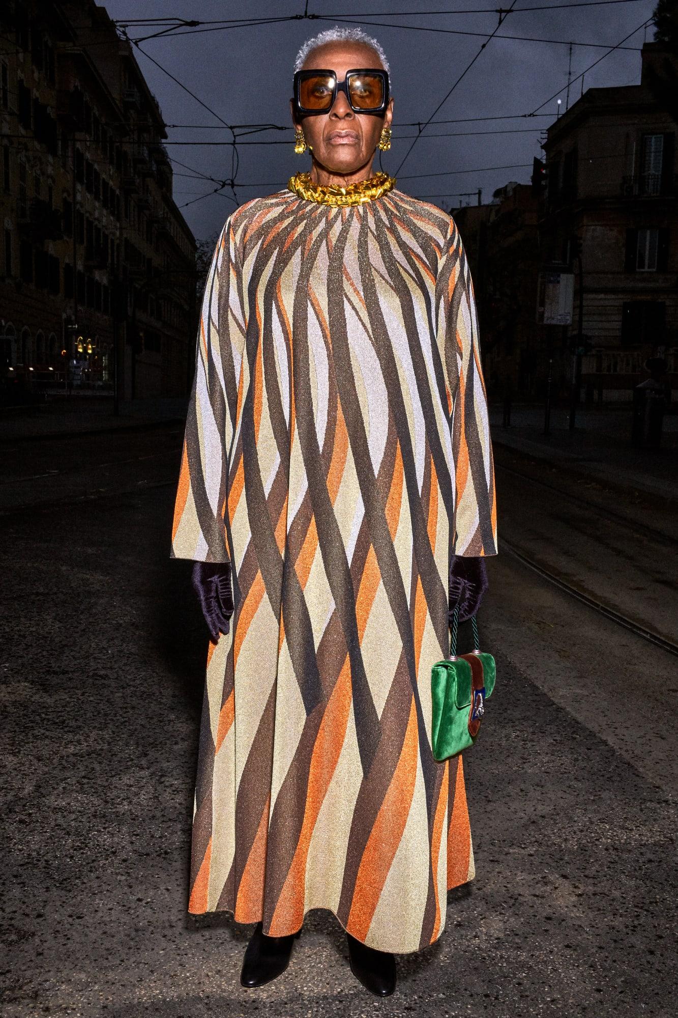 Bethann Hardison trong lookbook Gucci Pre-Fall 2020 - tin thời trang