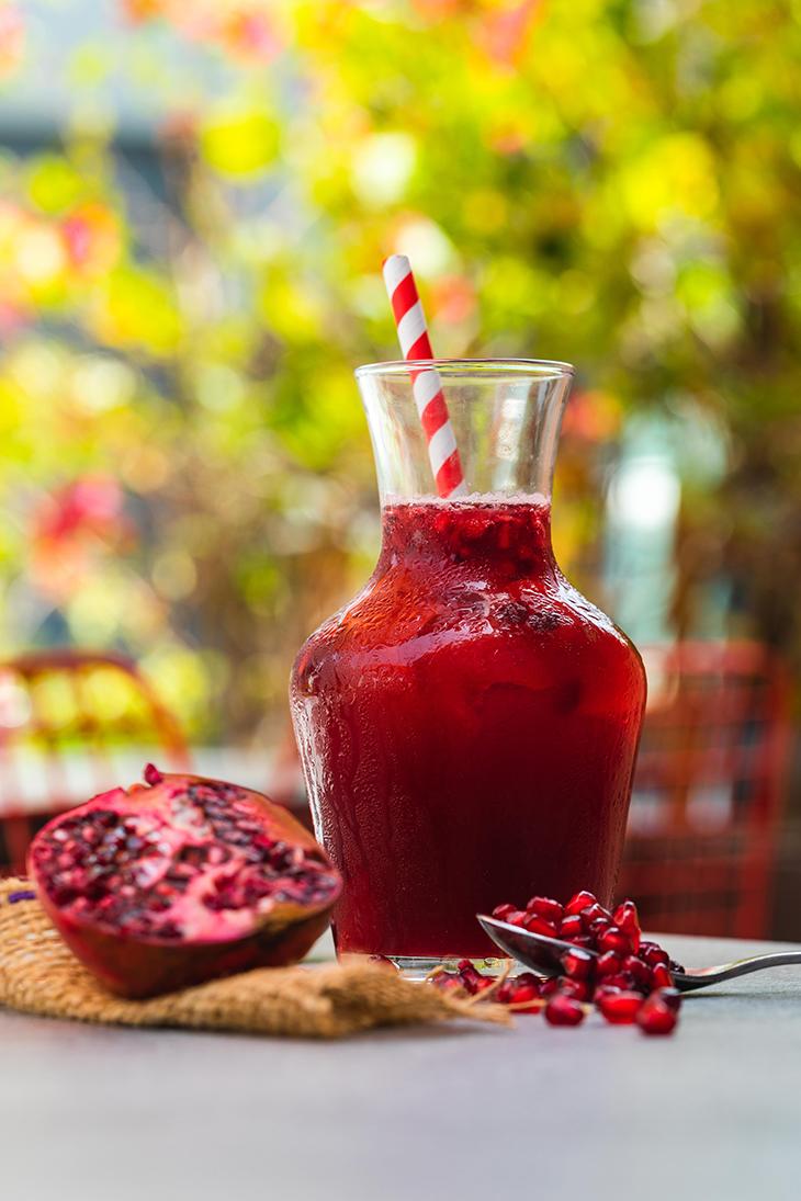 thức uống giẩm triệu chứng pms nước ép lựu đỏ