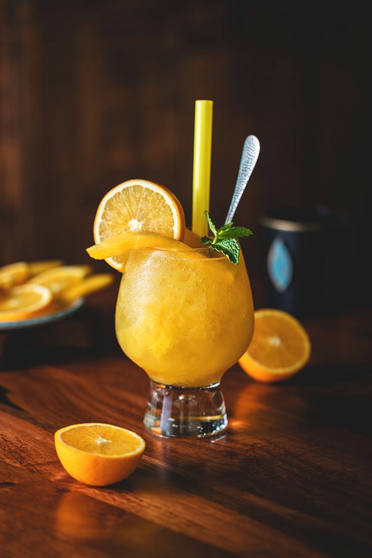 thức uống giảm triệu chứng pms nước cam