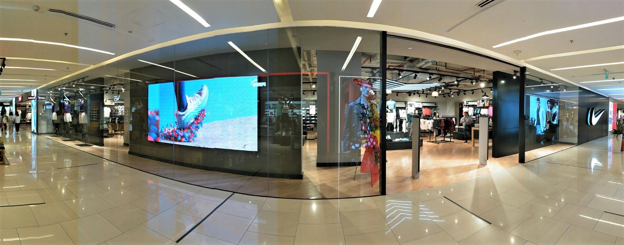 Cửa hàng Nike Saigon Centre