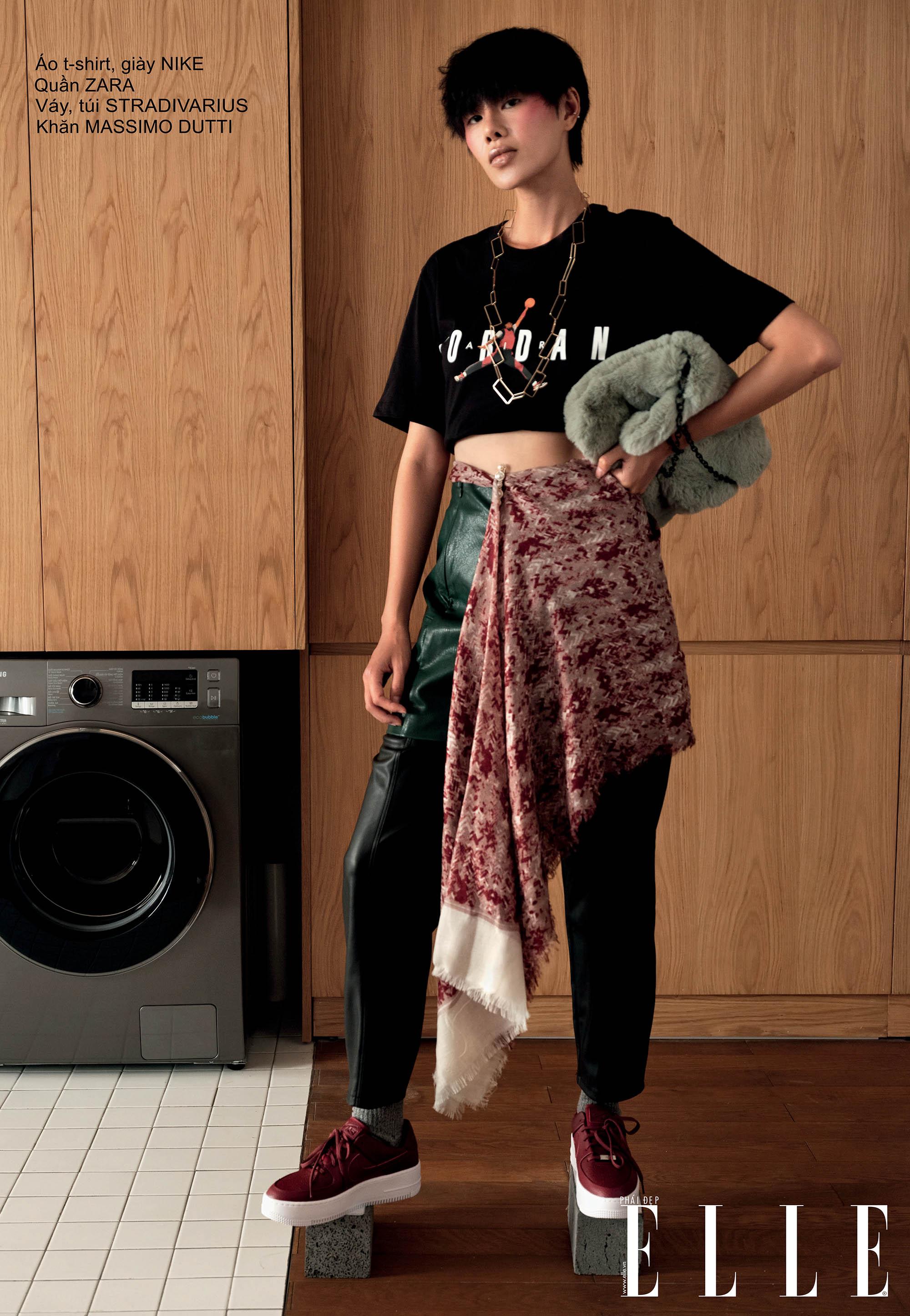 cách phối đồ đẹp vưới áo thun crop top và quần da