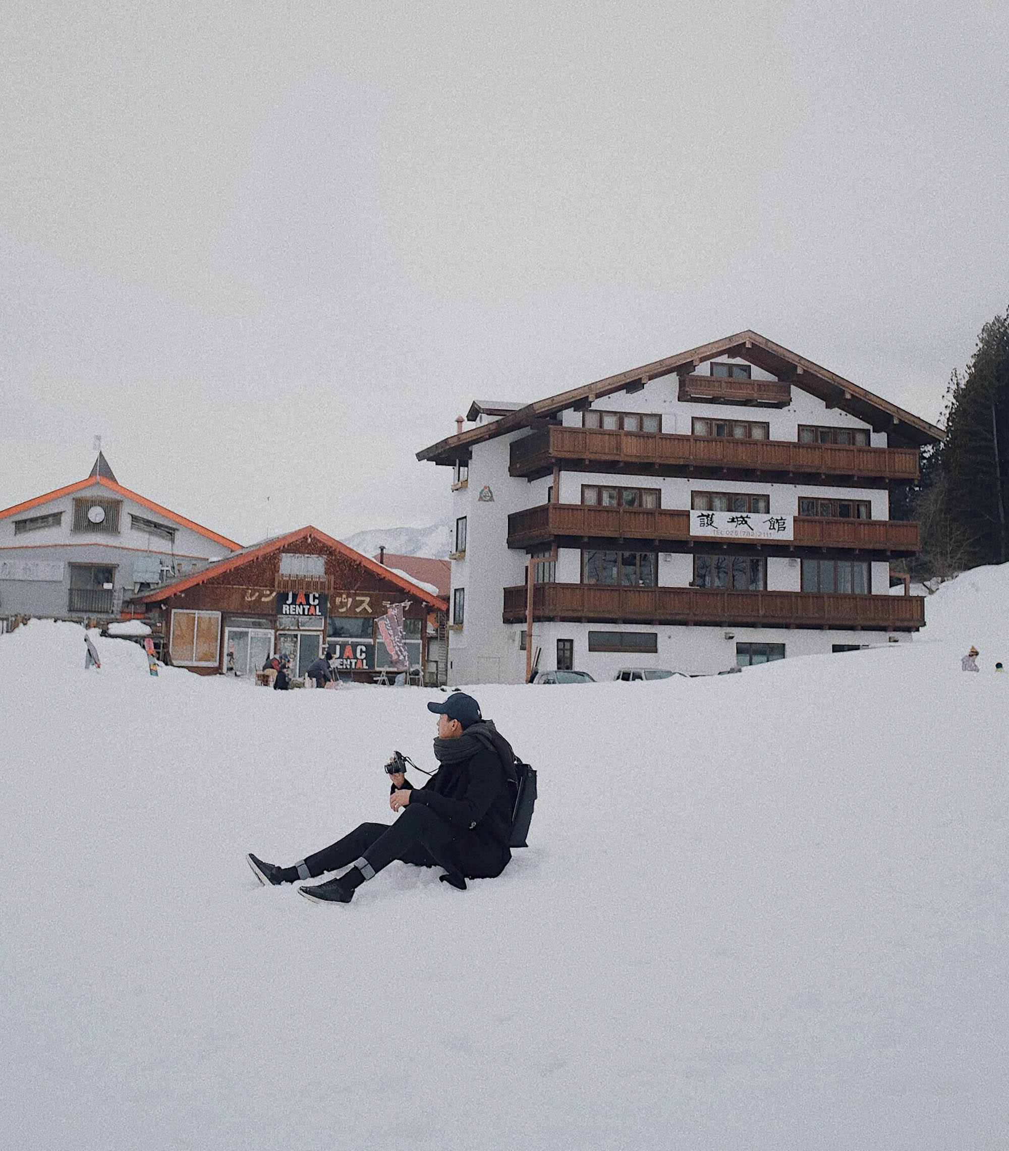 quà Giáng Sinh Quang Đại ngồi trên tuyết