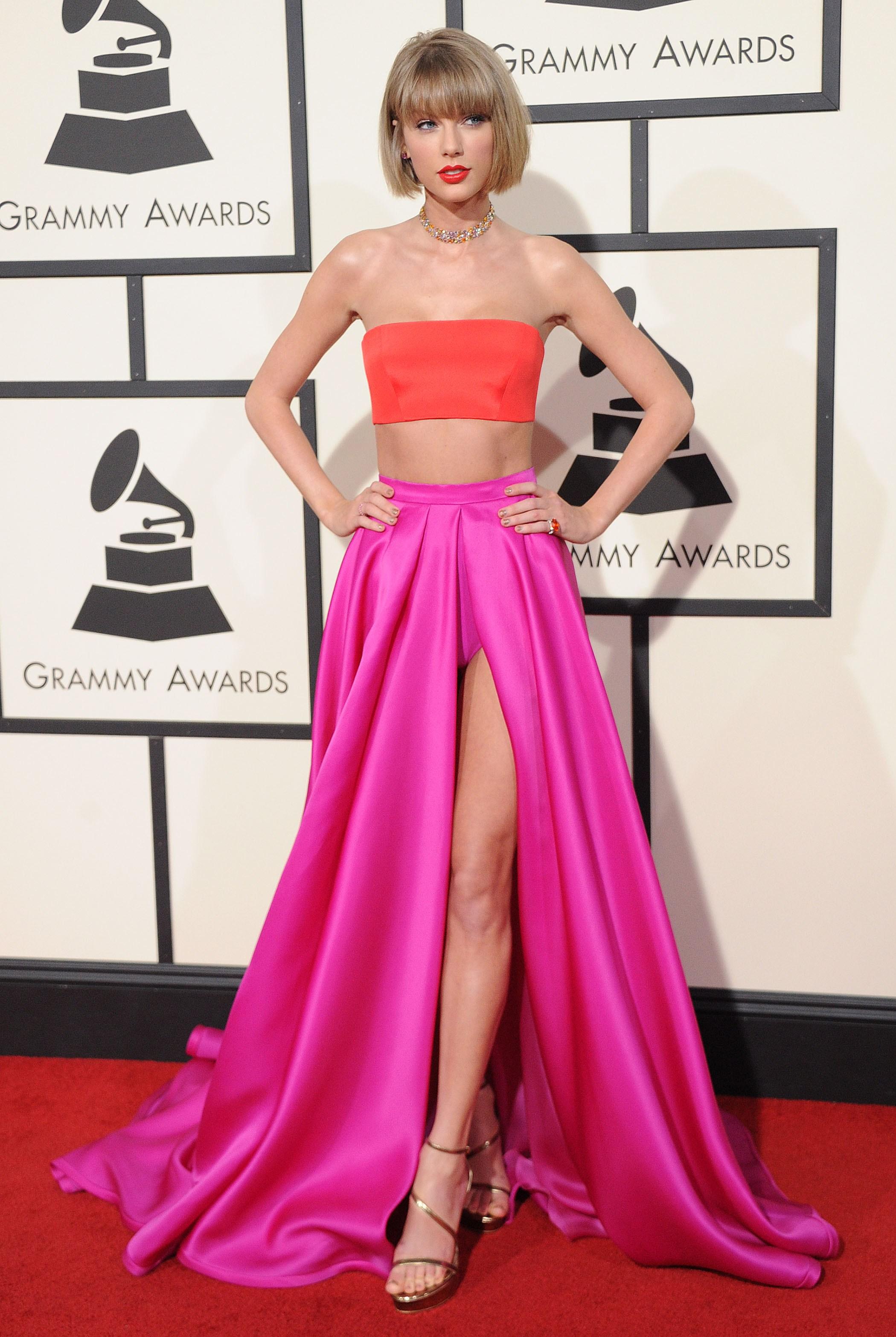 Thời trang thảm đỏ Taylor Swift tại Grammy 2016