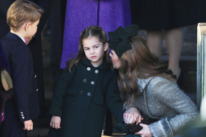 Mẹ con Hoàng tử George