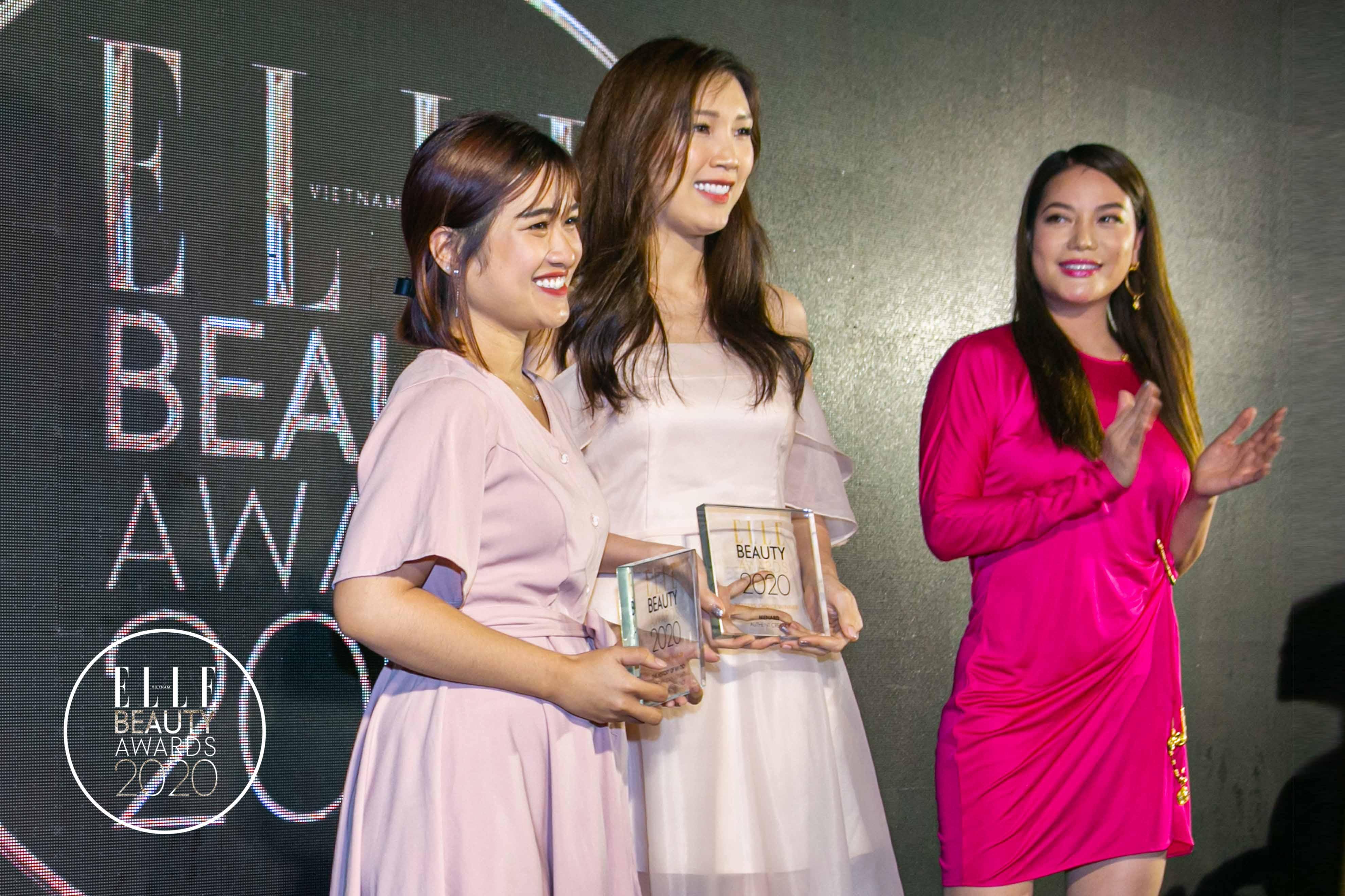 trương ngọc ánh trao giải tại elle beauty awards 2020