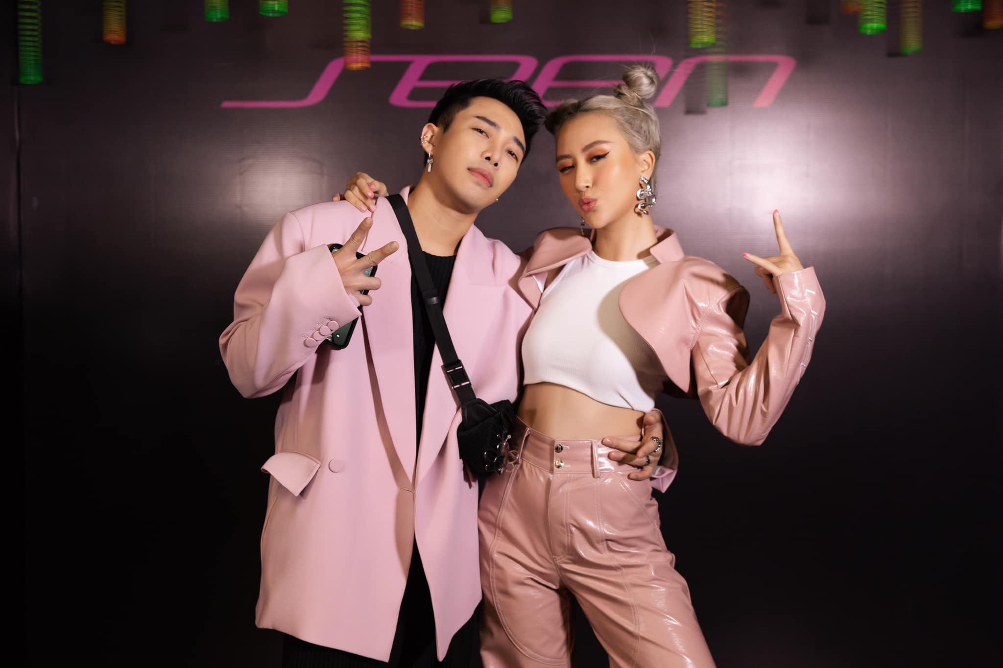 Fashionista Việt Quỳnh Anh Shyn và Hoàng Ku tại show Seen