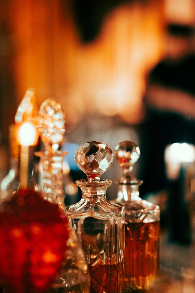 Cách chọn mùi hương nước hoa phù hợp cho mọi thời đại.