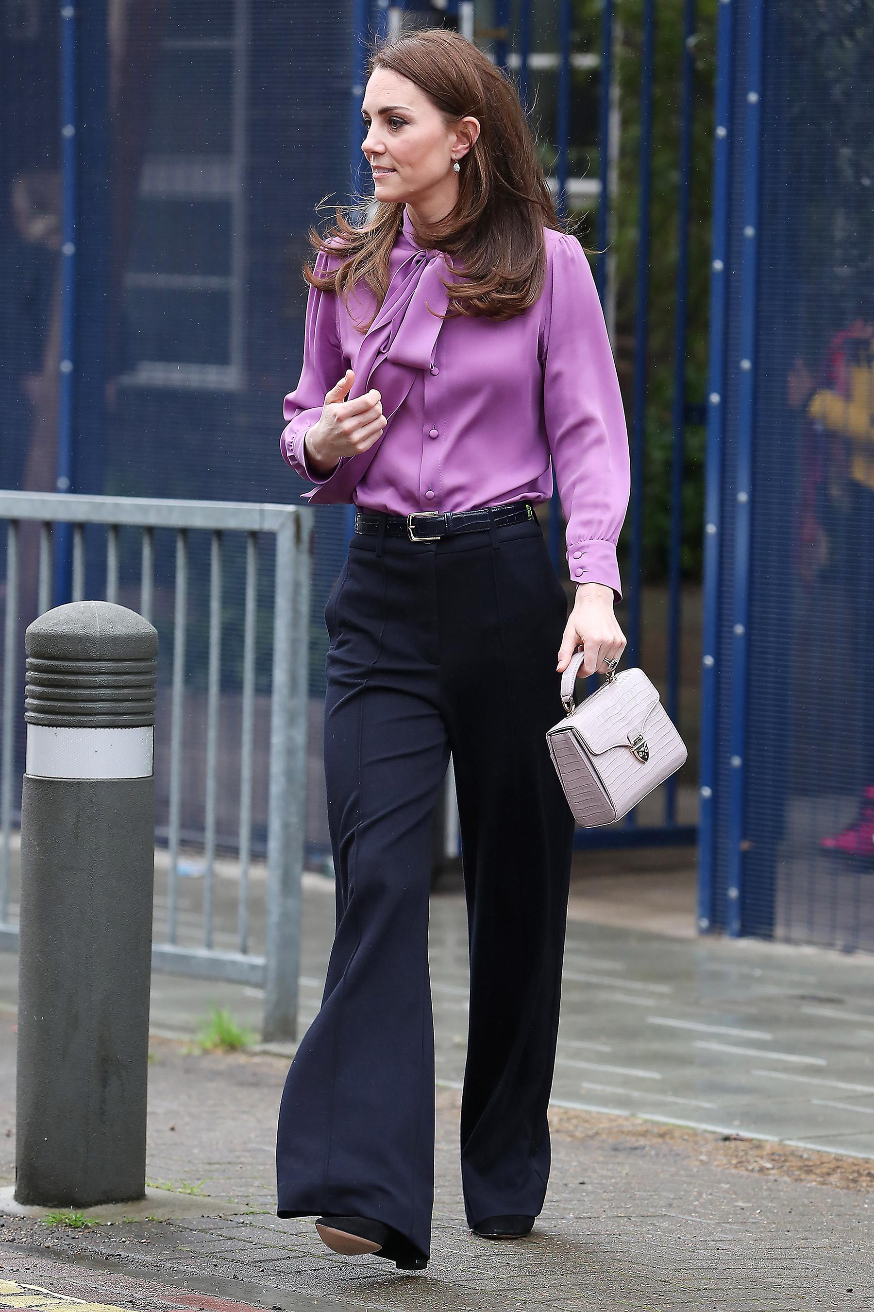 Kate Middleton thời trang công sở