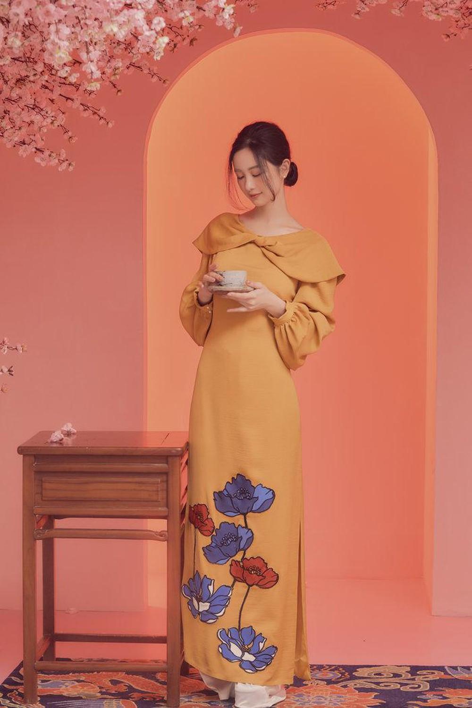 áo dài valenciani cho tủ quần áo ngày Tết