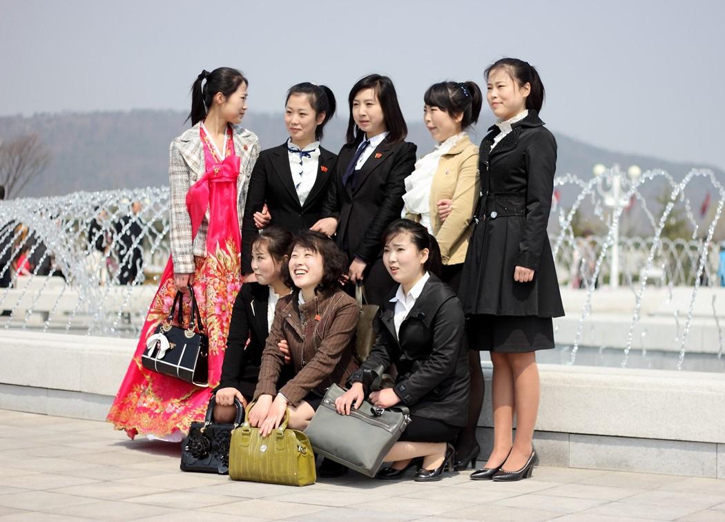 phong cách ăn mặc của người dân ở thủ đô bình nhưỡng 2