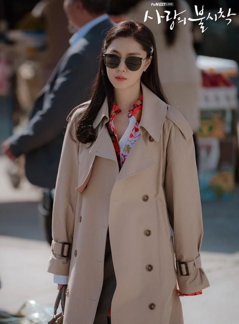 thời trang trong phim crash landing on you - seo dan 2