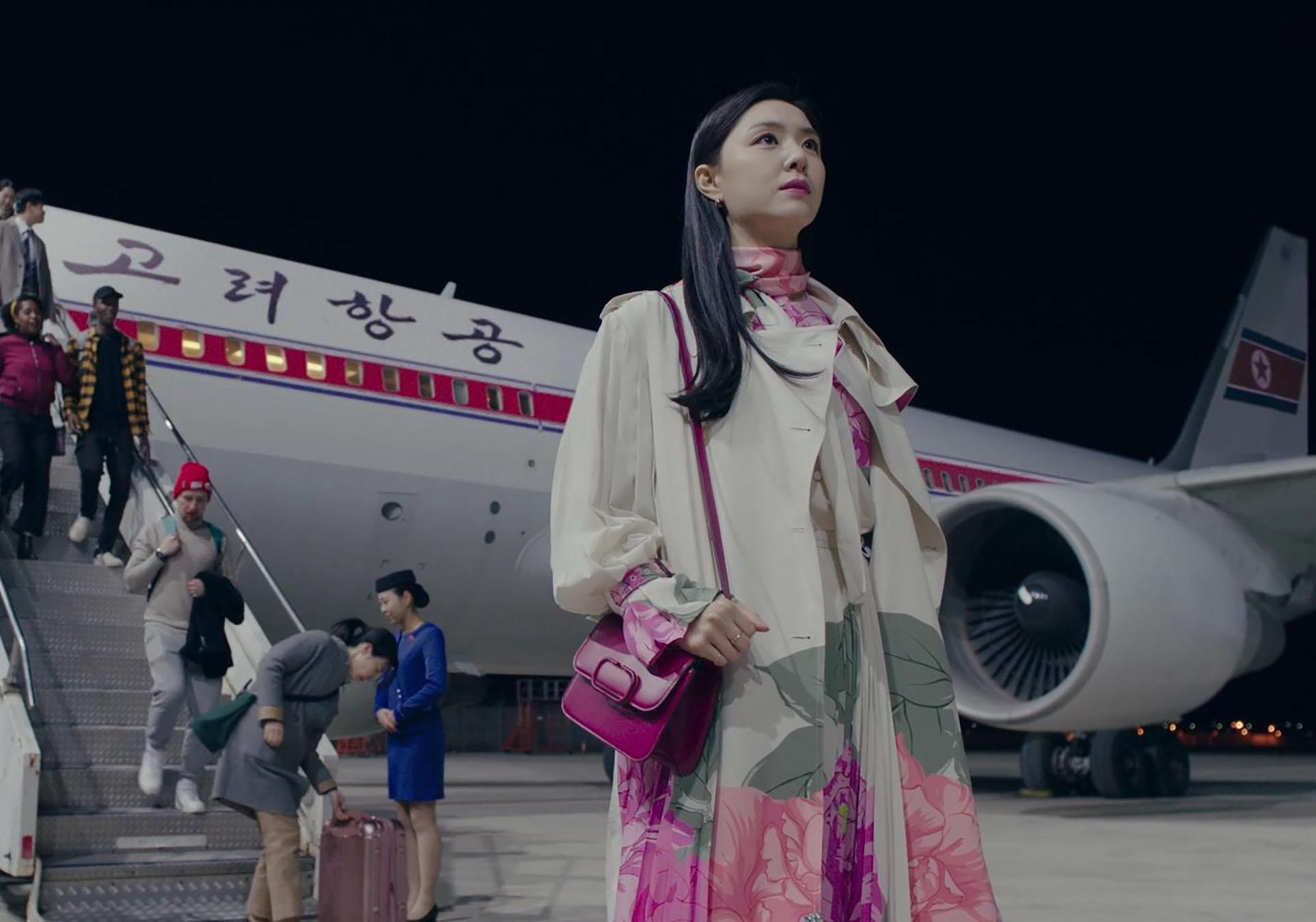 thời trang trong phim crash landing on you - seo dan 3