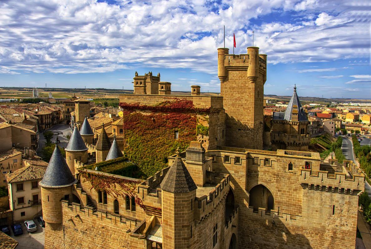 cung điện hoàng gia Olite Tây Ban Nha