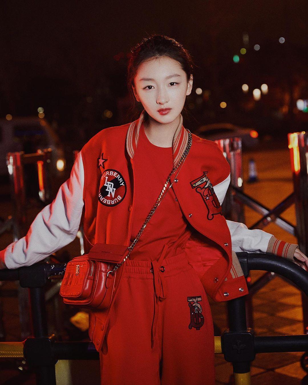 BST Burberry cho Tết Nguyên Đán tại Trung Quốc