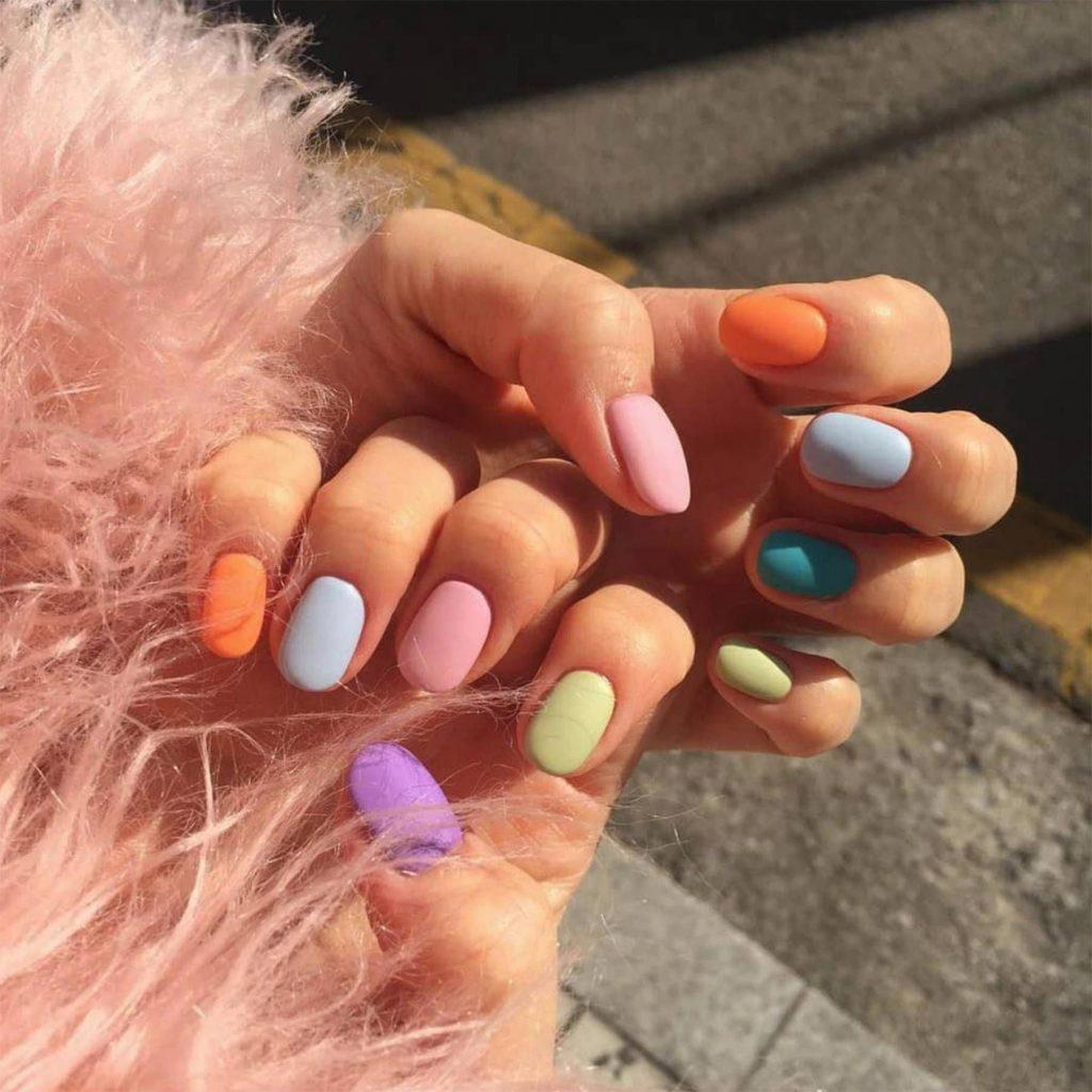 móng tay đẹp nhiều màu