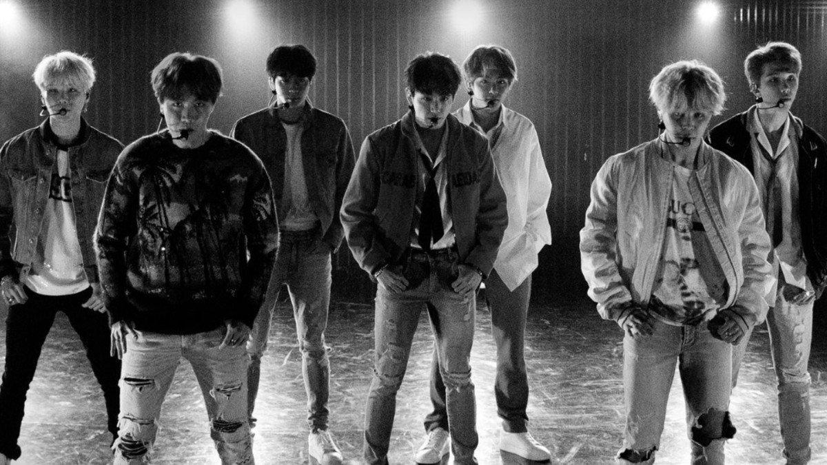 Black Swan của BTS phá kỷ lục itunes thế giới