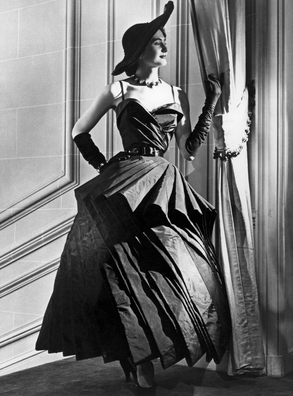 Những câu nói hay về thời trang của Christian Dior 4