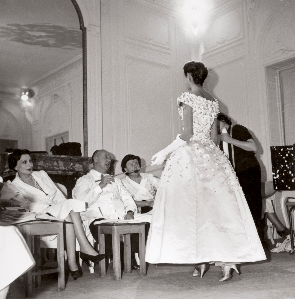 Những câu nói tâm đắc của Christian Dior 3