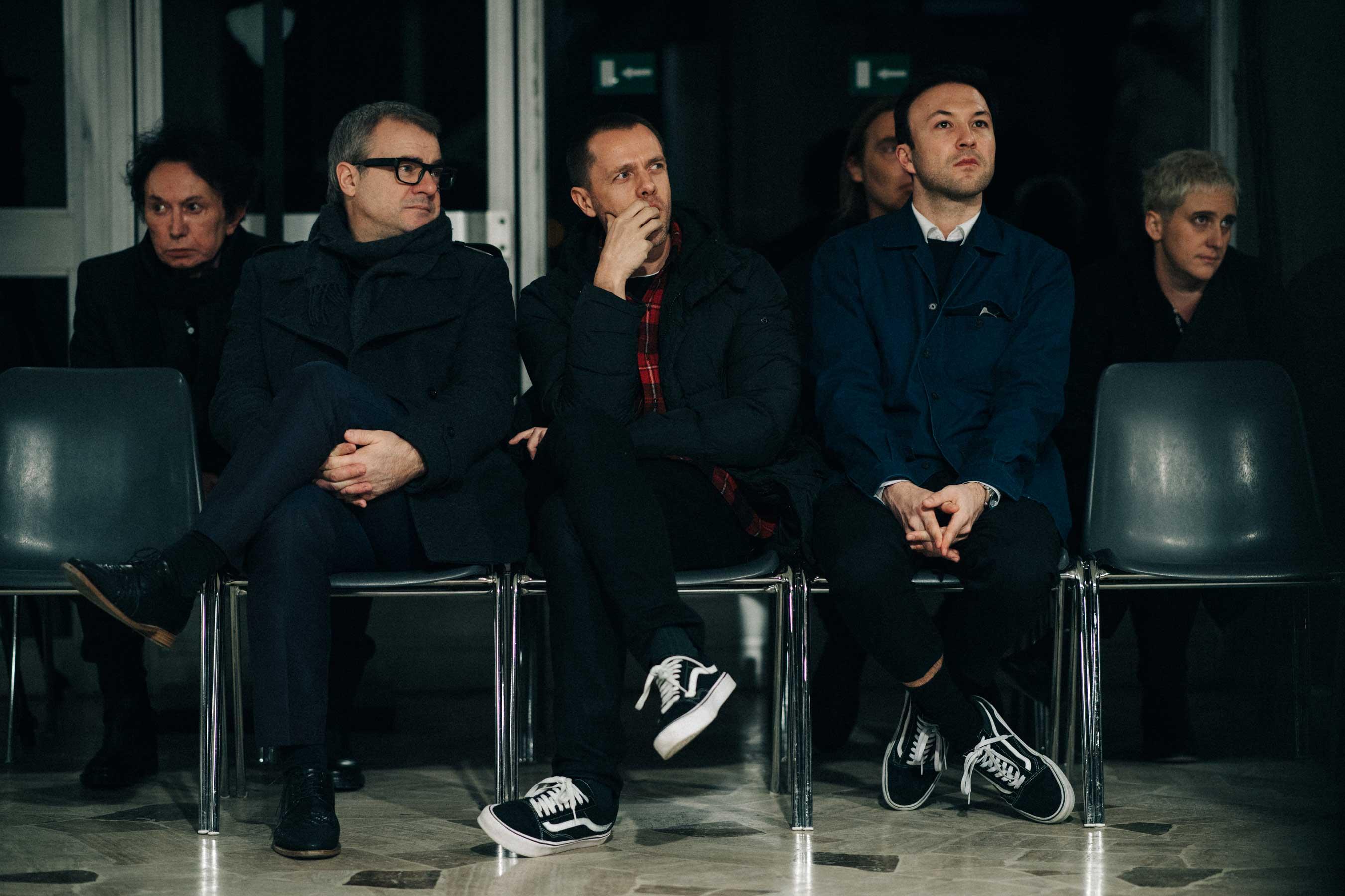 Tim Coppens kí hợp đồng với Calvin Klein