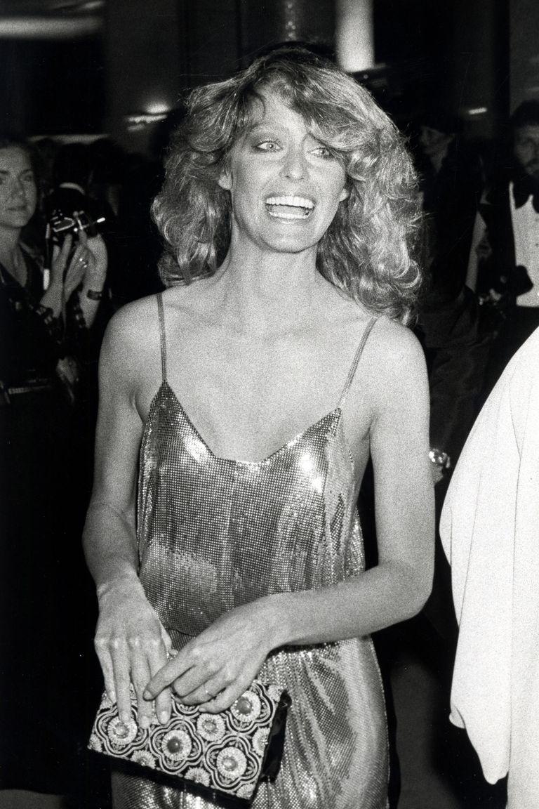 Farrah Fawcett mặc đầm dạ hội phong cách disco