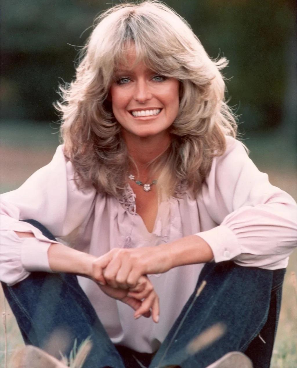 Mái tóc vàng góp phần giúp Farrah Fawcett trở thành một biểu tượng của thập niên 70