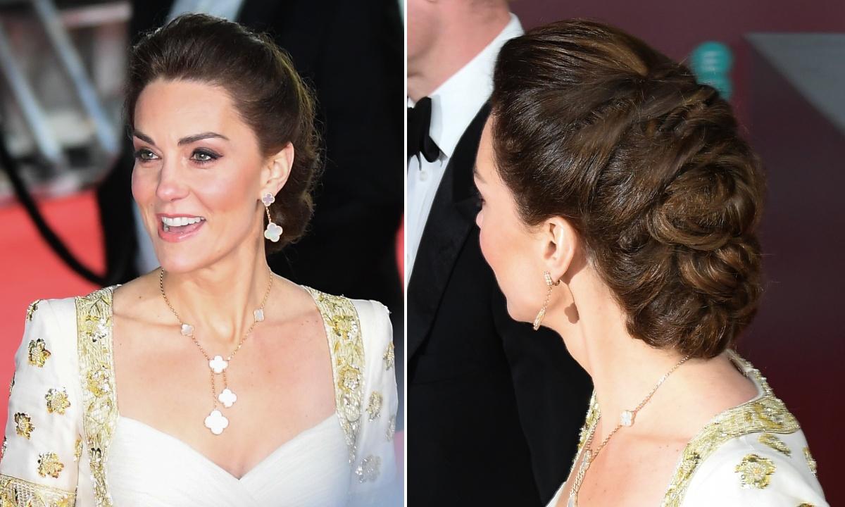 Kate Middleton đeo trang sức đồng bộ với đầm dạ hội trên thảm đỏ BAFTA