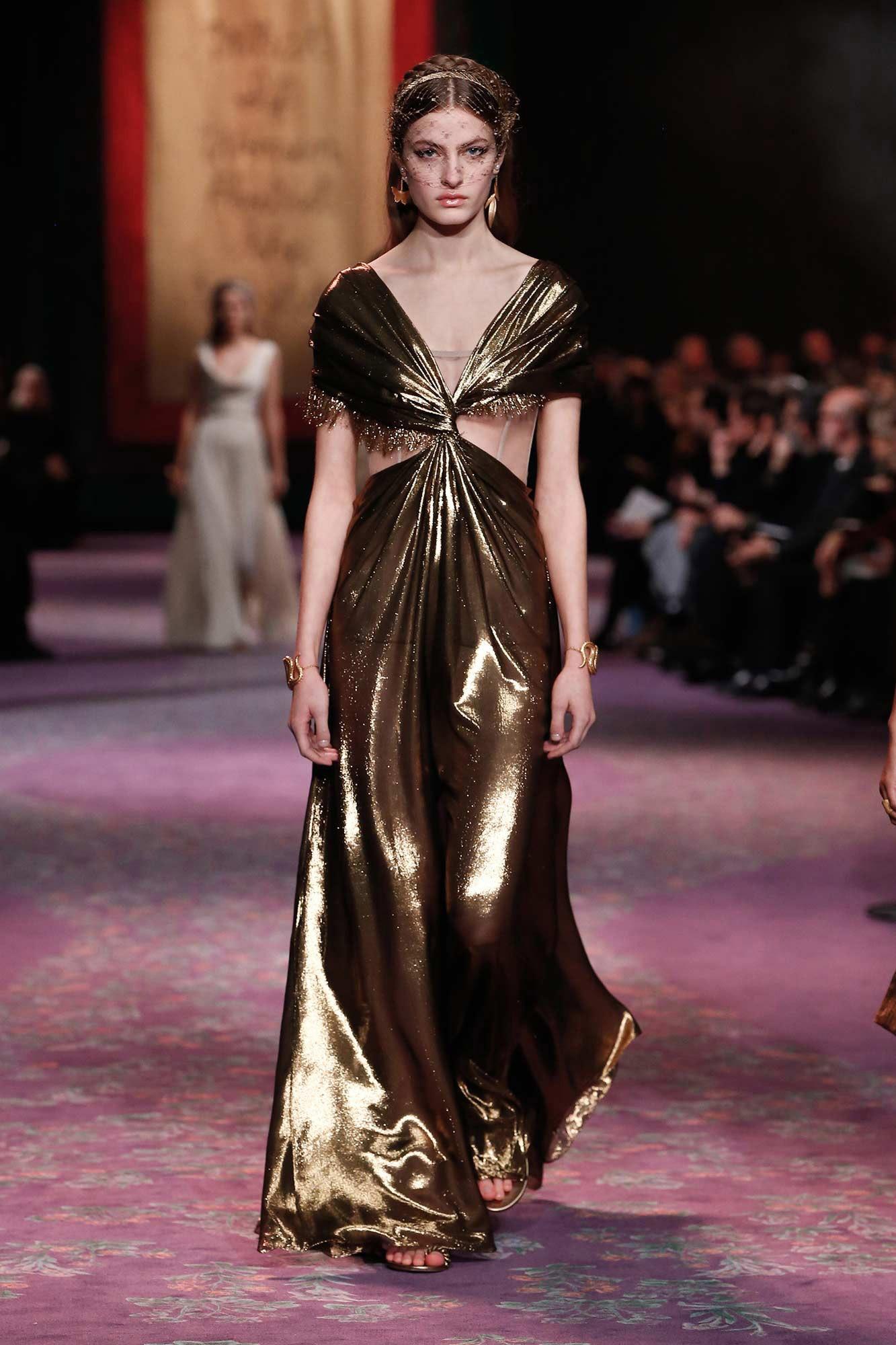 Dior Haute Couture Xuân - Hè 2020 đầm metallic 29