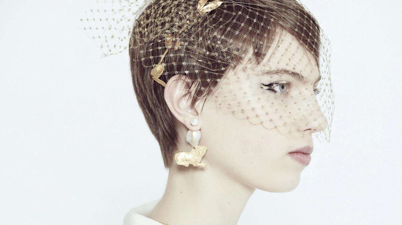 trang sức trong bộ sưu tập dior haute couture xuân hè 2020