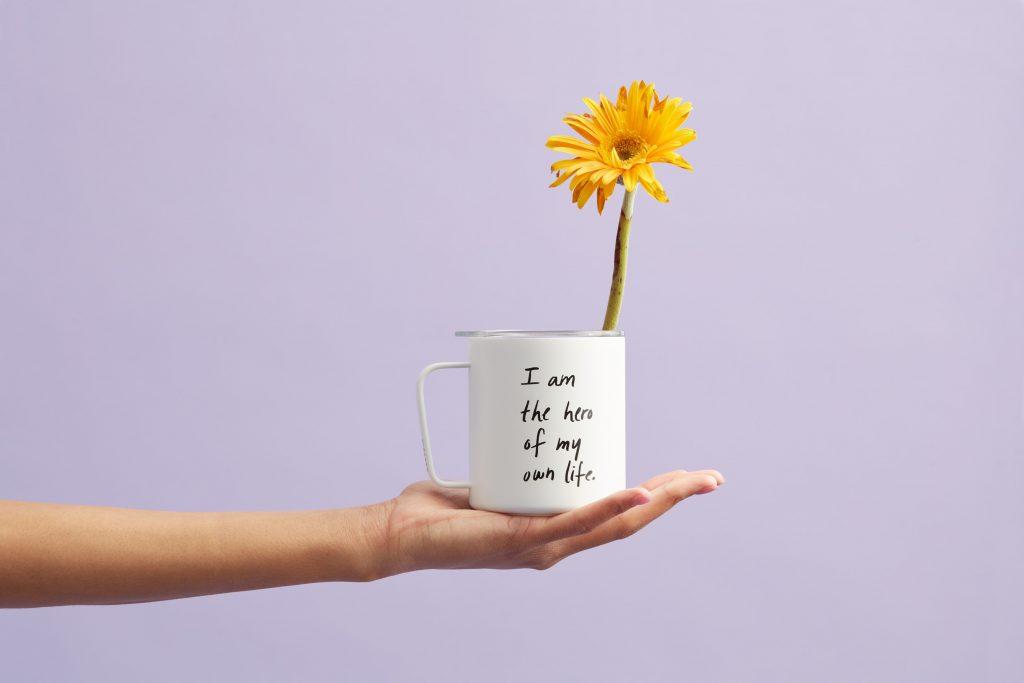 sống lạc quan như một loài hoa