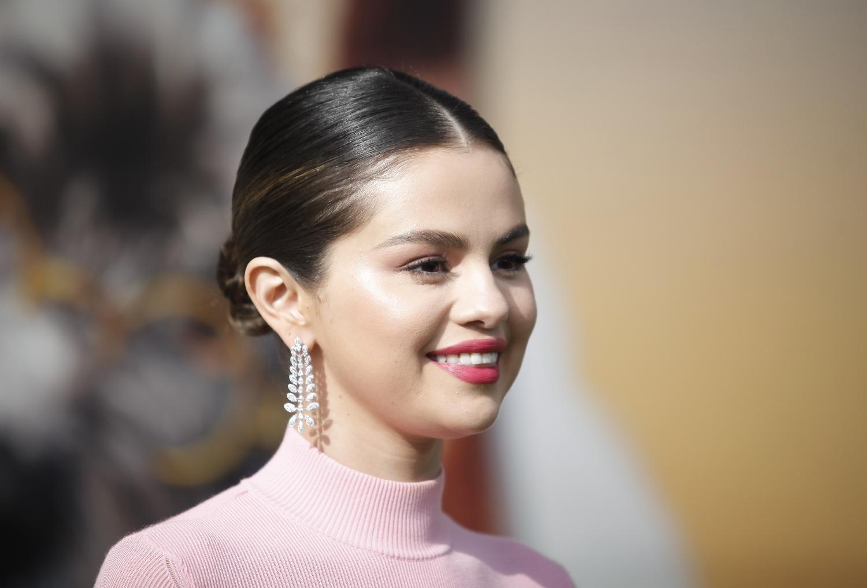 Điểm tin làm đẹp: Selena Gomez ra mắt thương hiệu mỹ phẩm mới.
