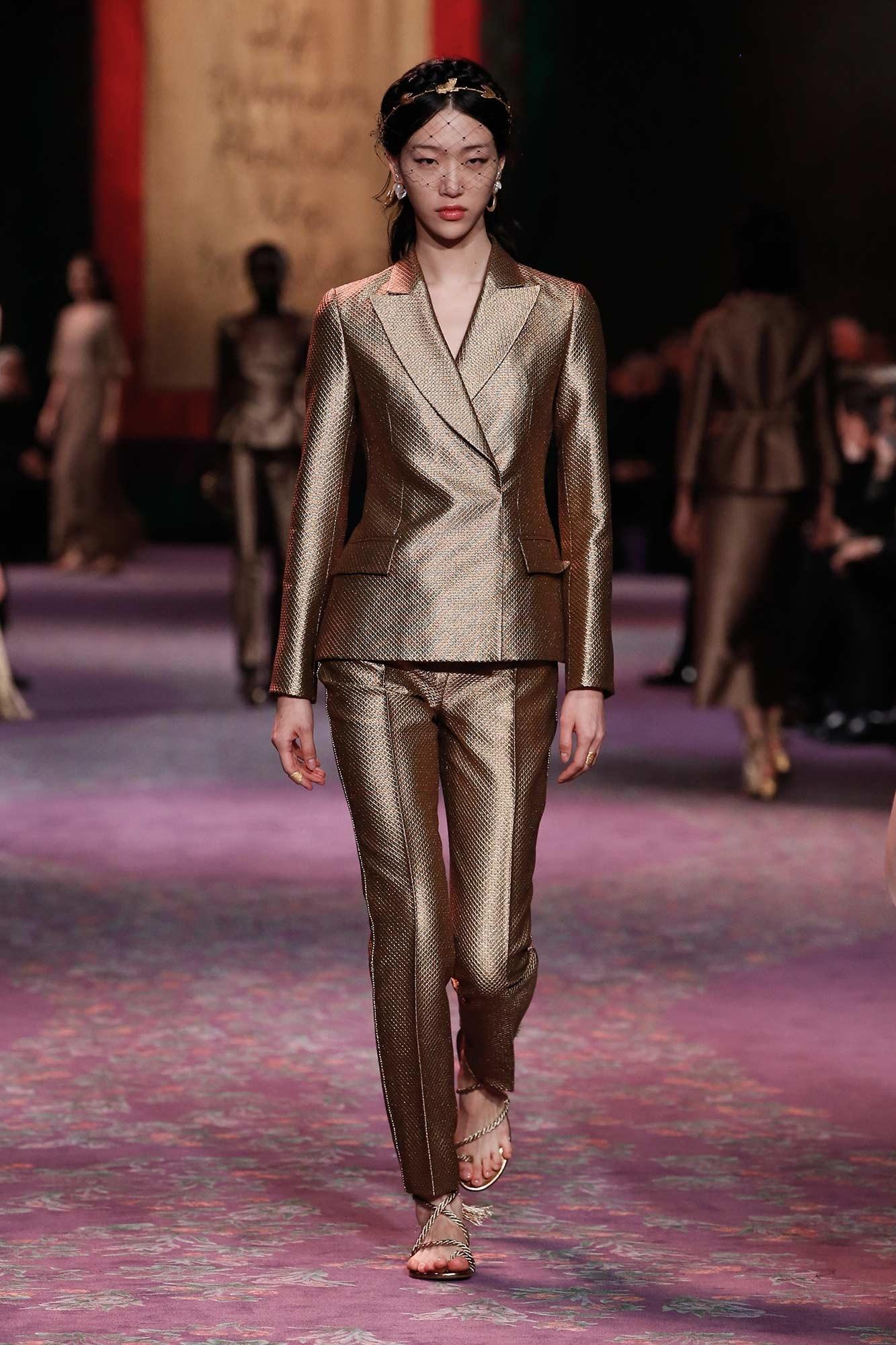 người mẫu choi so ra dior haute couture 2020