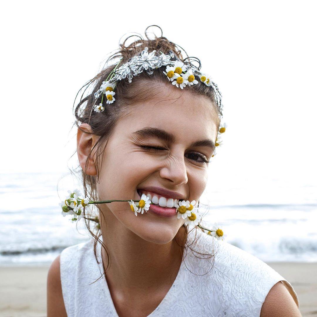 người mẫu kaia gerber thương hiệu nước hoa daisy của marc jacobs instagram