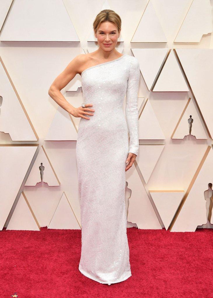 thảm đỏ oscar 2020 Renée Zellweger đầm trắng ánh kim Armani Prive