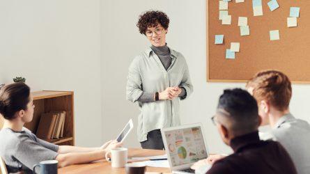 Loại bỏ ngay 6 thái độ làm việc tiêu cực khiến bạn trì trệ