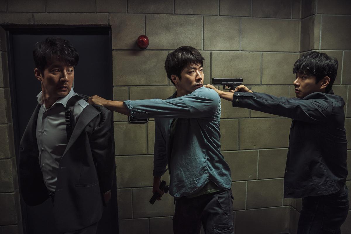 cảnh hành động của kwon sang woo trong hitman