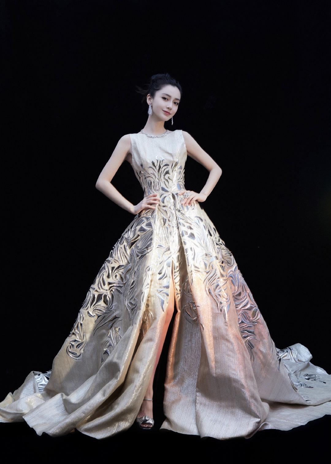 angelababy đêm hội weibo 2020 đầm george chakra