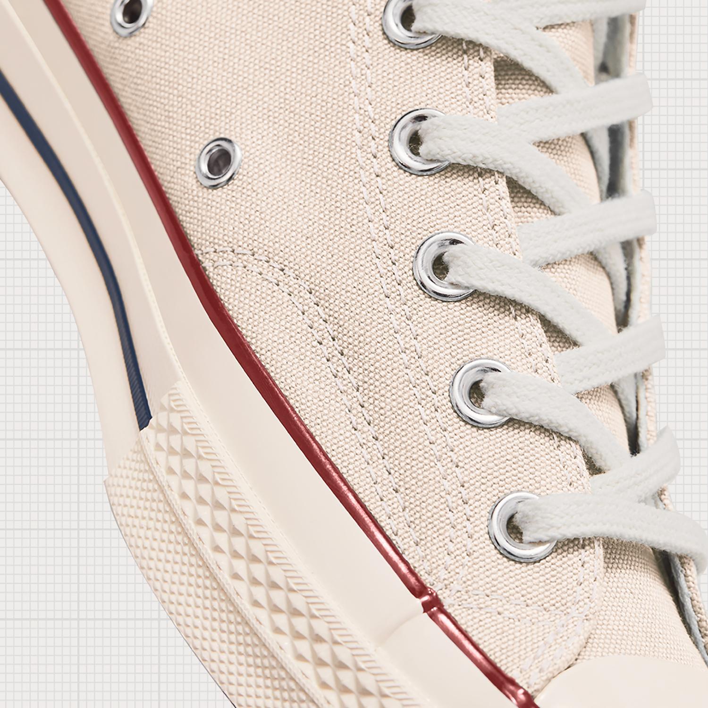 converse chuck 70 parchment chi tiết đường may trên thân giày và đế giày
