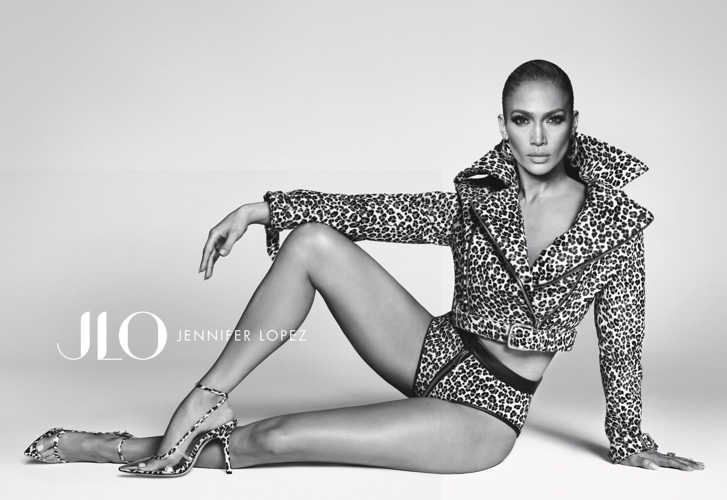 Tin thời trang về BST JLO JENNIFER LOPEZ của ca sĩ Jennifer Lopez