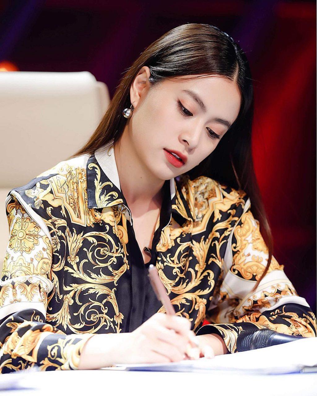 Kiểu tóc đẹp-Hoàng Thùy Linh.