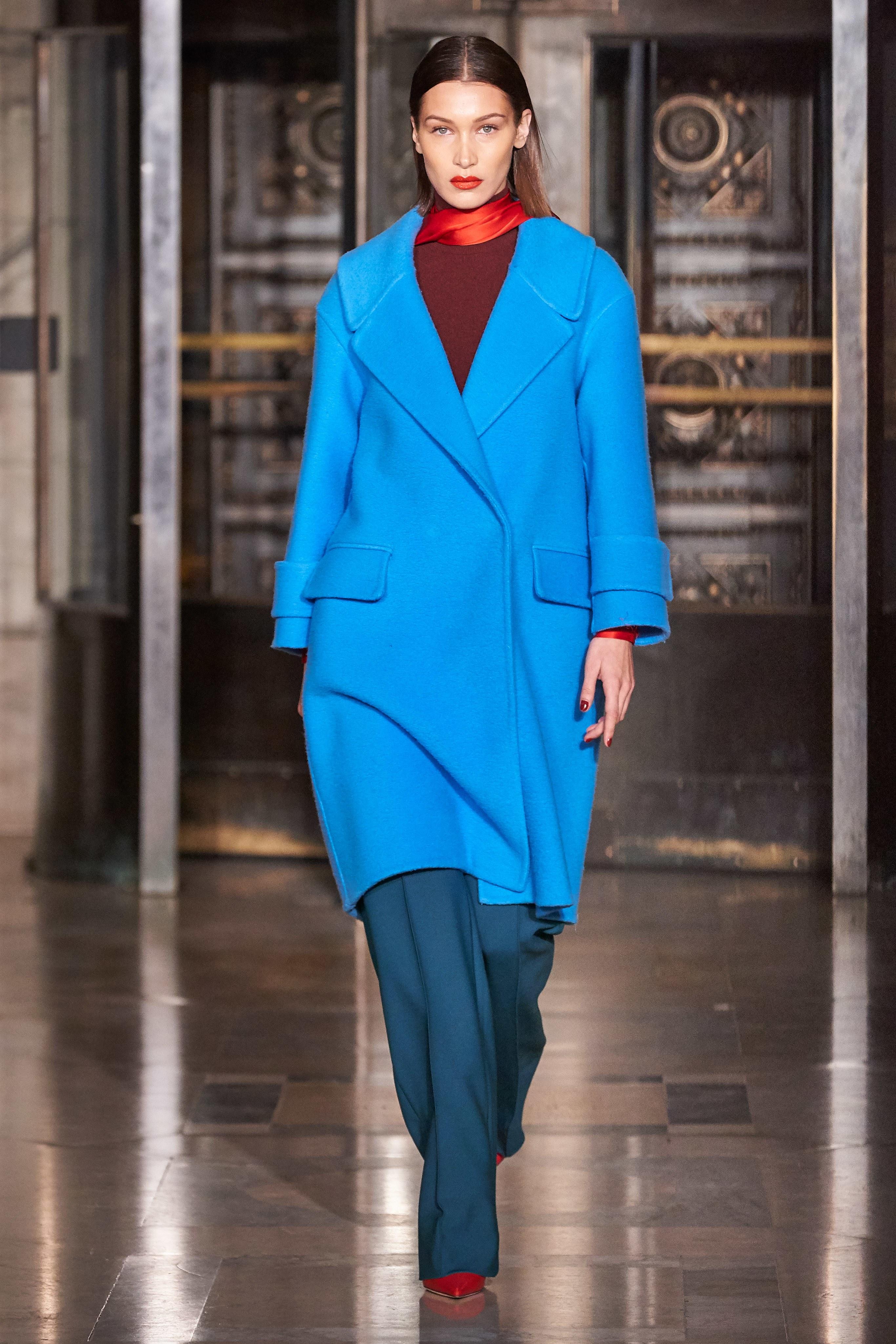 tuần lễ thời trang new york thu đông 2020 oscar de la renta look 1