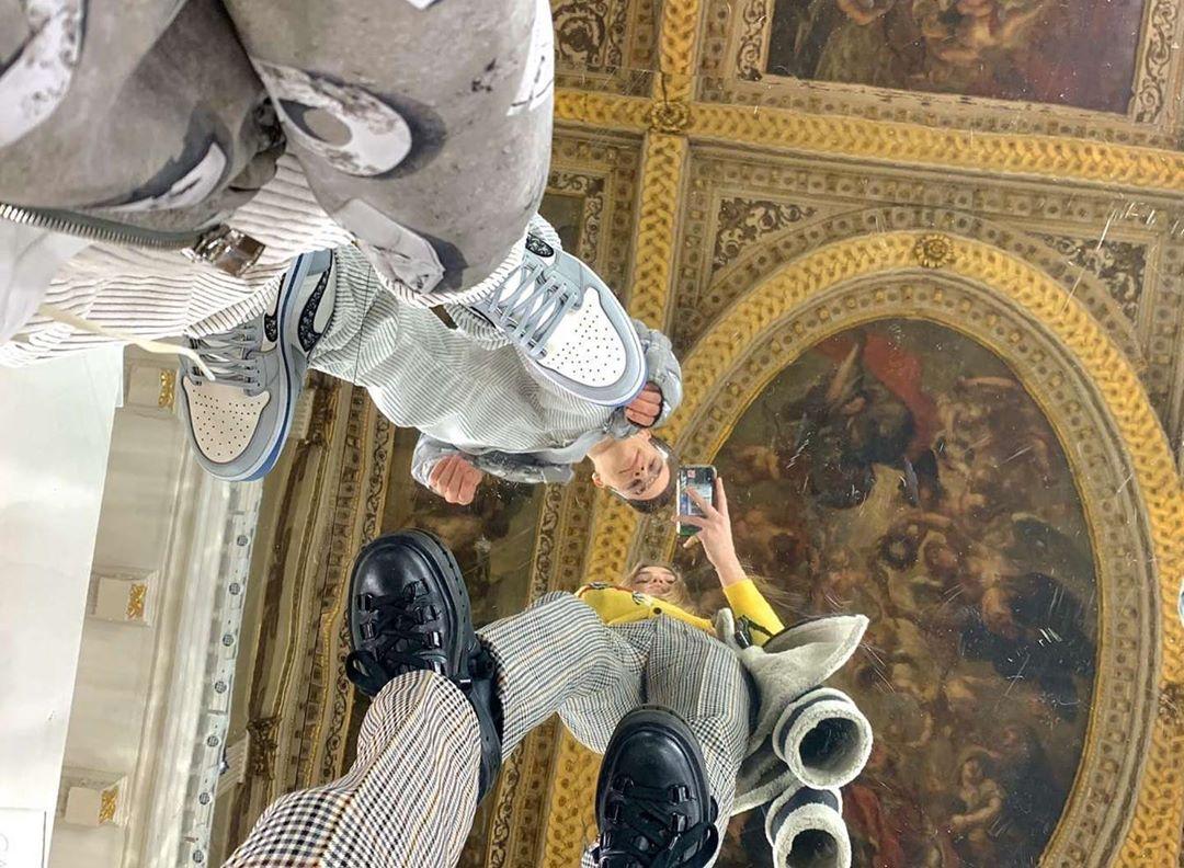 tuần lễ thời trang london 2020 romeo beckham instagram air jourdan dior