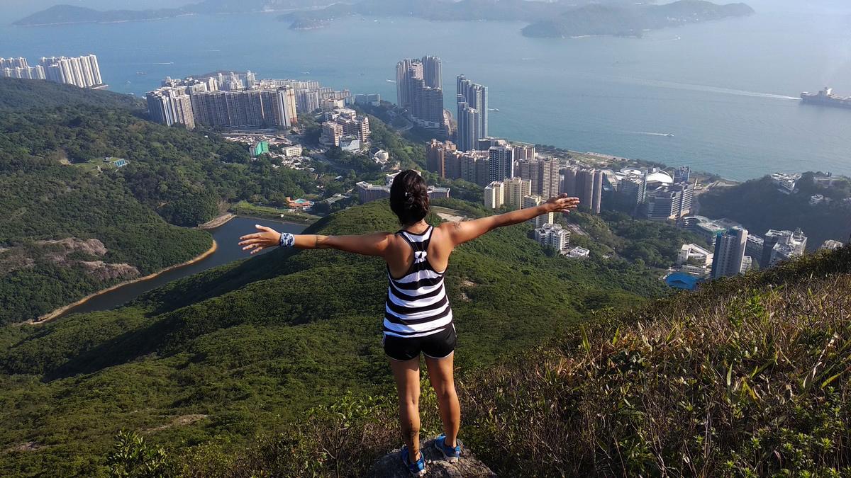 leo núi du lịch Hồng Kông