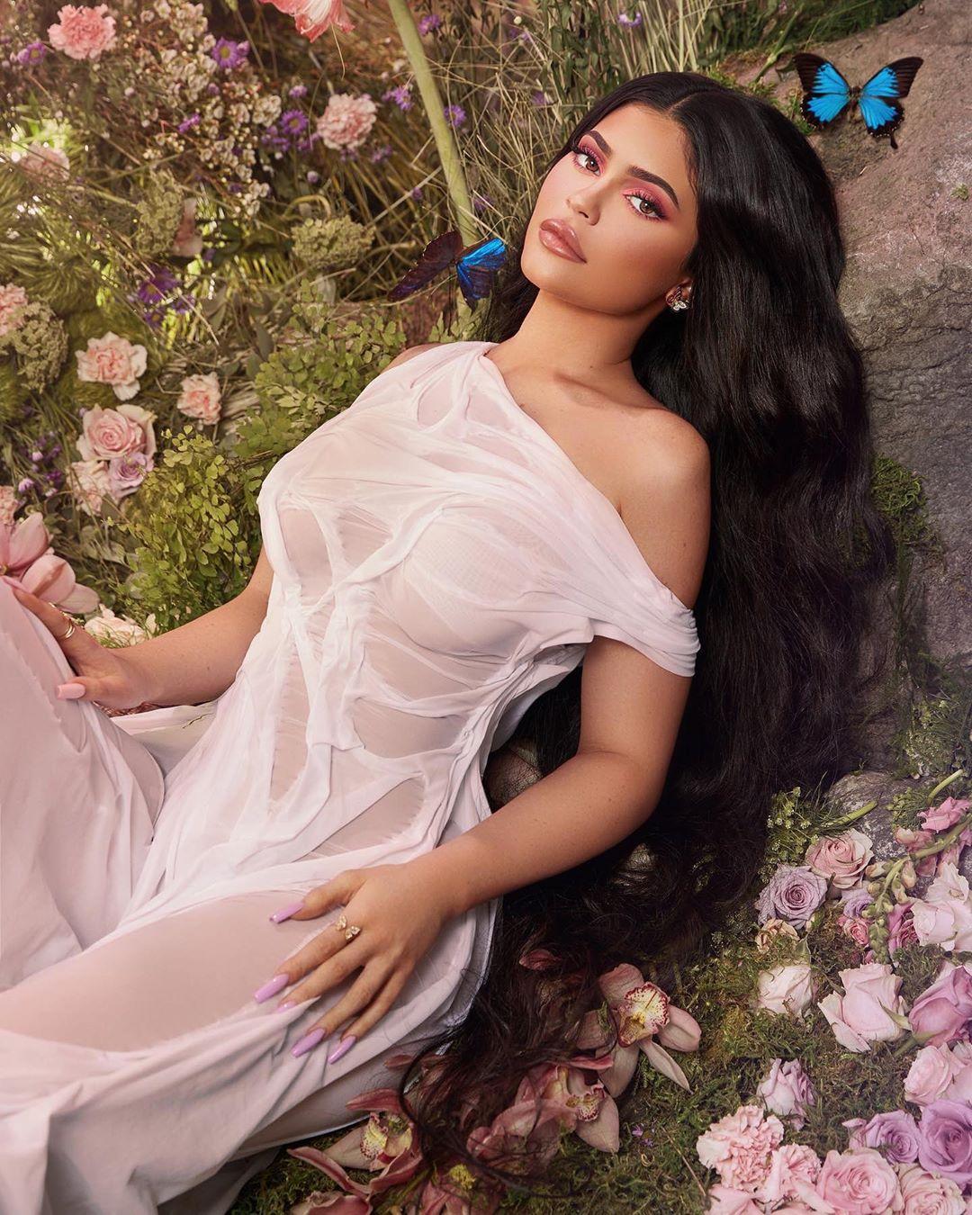 Tin làm đẹp-Kylie Jenner.