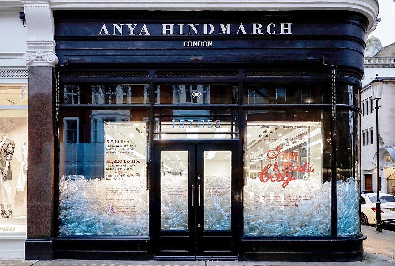 cửa hàng anya hindmarch tại London