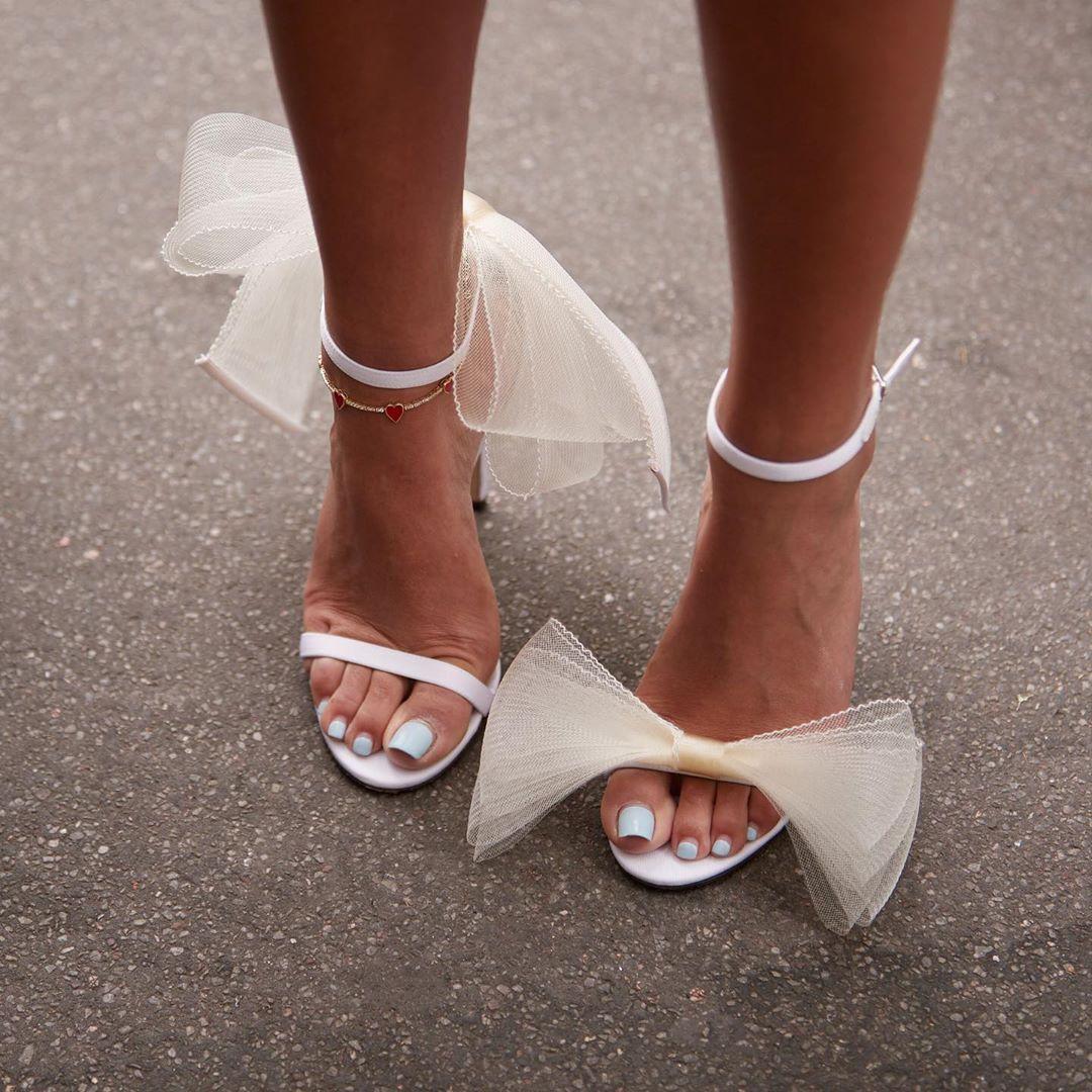Giày sandals cao gót đính nơ điệu đà