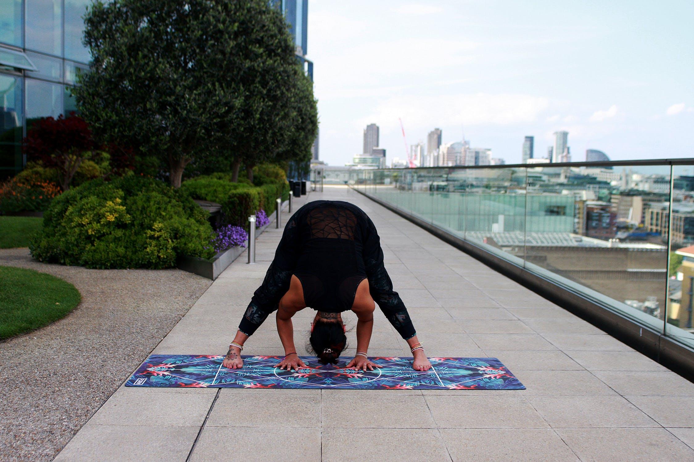 Giảm stress từ các tư thế yoga đơn giản,