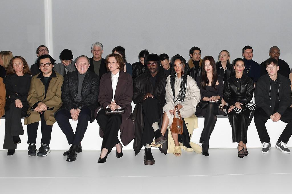 hàng ghế đầu buổi trình diễn bottega veneta thu đông 2020