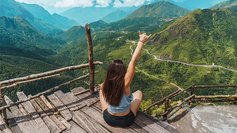 cô gái trên núi