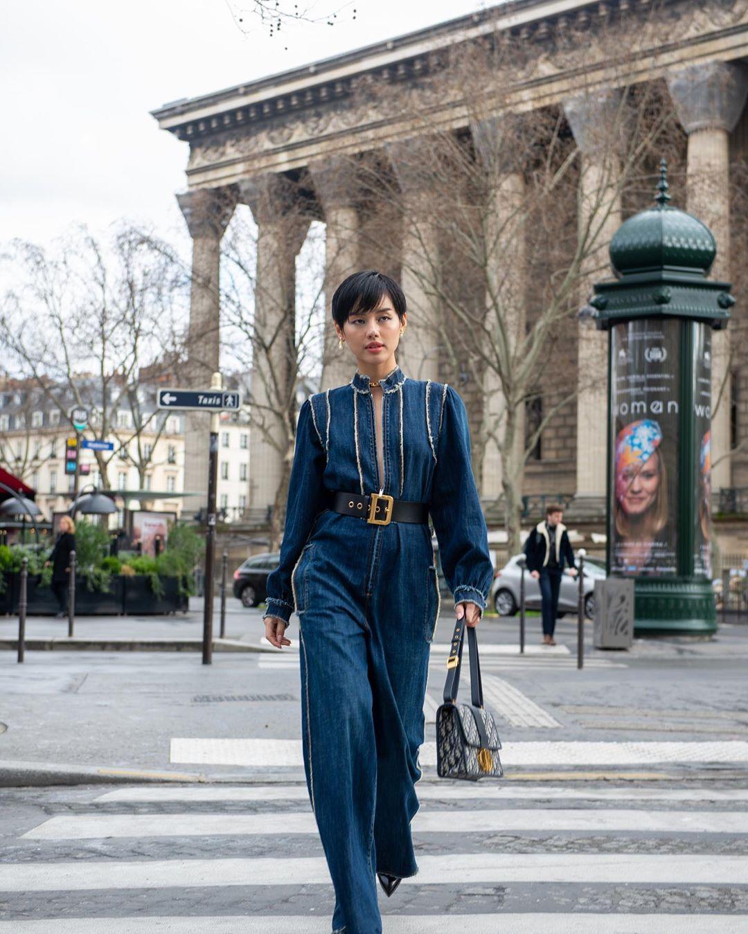 khánh linh châu bùi tại paris dior thu đông 2020