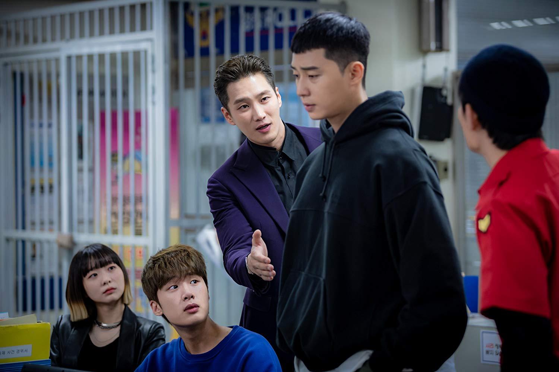 itaewon class cảnh trong tù